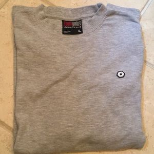 Men's grey long sleeve shirt